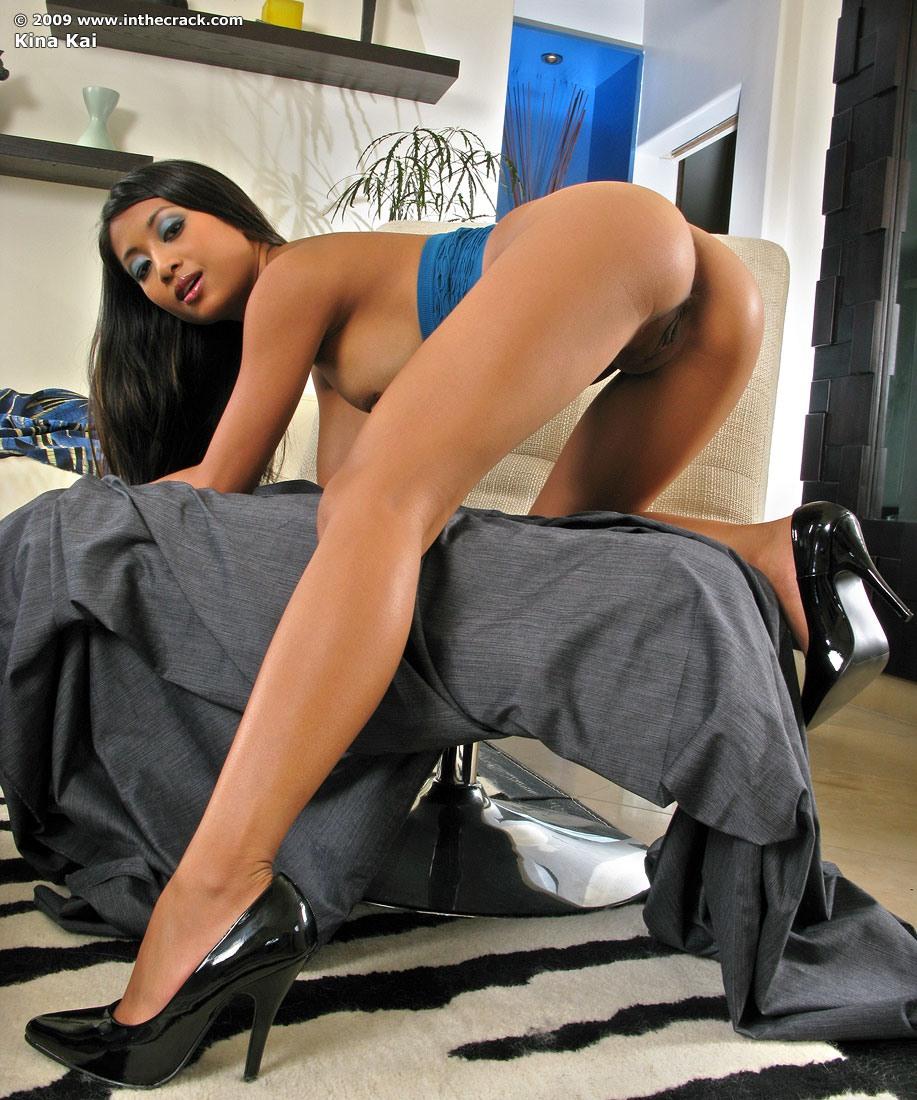 Секс с длинноногой мулаткой 24 фотография